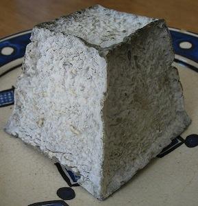 Warum bekommt dieser Käse eine schwarze Haut? Beantworte es in unserem Wandlungs-Quiz.