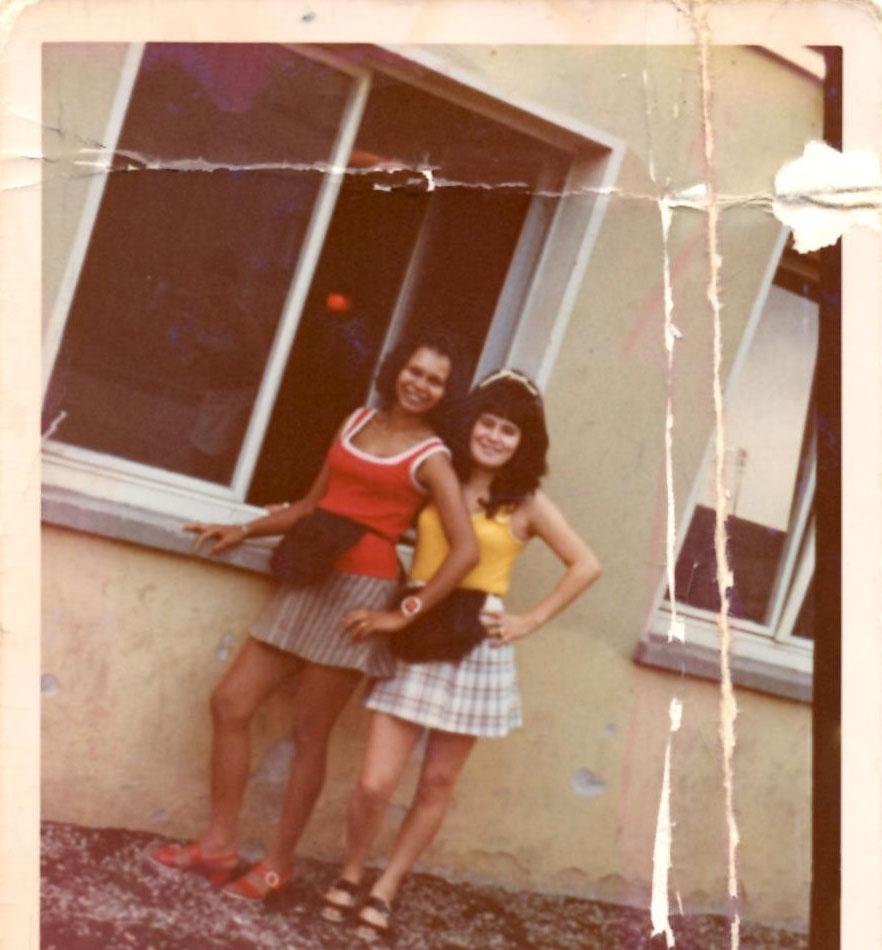 Milly (links) und Traudl (rechts) Ende der 60er. (Foto: Privat)