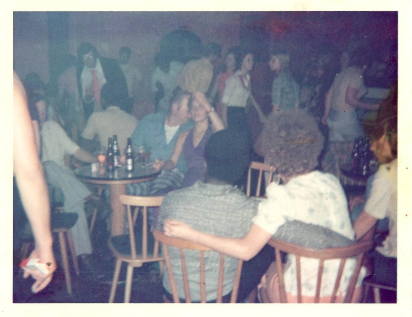 Die Abende in der Hill-Billy Bar gingen bis zwei Uhr und später. (Foto: Privat)