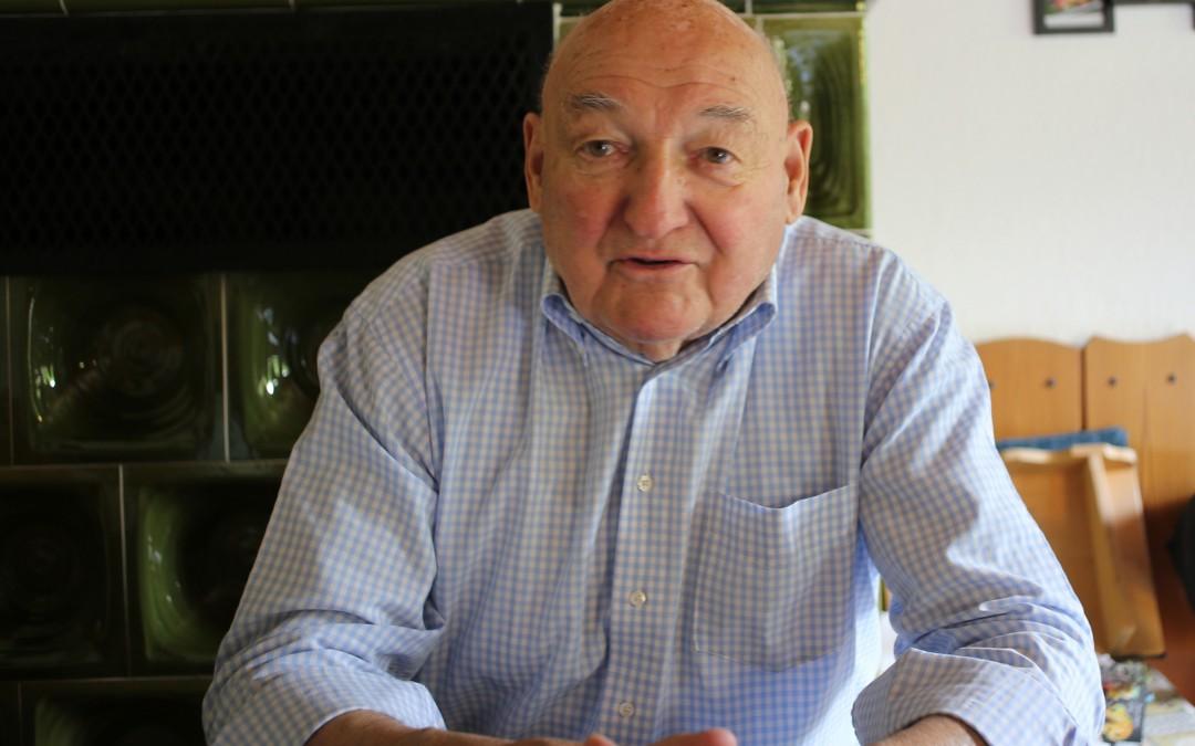 Rudolf Schardt (88) hat Kitzingen 24 Jahre als Oberbürgermeister regiert – 24 Jahre, in denen er mit den Amerikanern zusammenarbeitete. (Foto: Christoph Eiben)